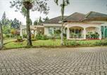 Hôtel Pacet - Oyo 90080 Villa Lotus E06 Syariah-2