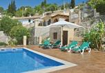 Location vacances Estellencs - Holiday Home Galilea with a Fireplace 02-1