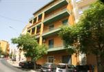 Location vacances  Province d'Agrigente - Valverde Penthouse-2