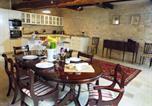 Location vacances Saint-Sernin-du-Plain - Chez Montrachet-1