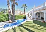 Location vacances Oliva - Villa Renoir-1