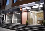 Hôtel Jaipur - Jenus Hotel-Sindhi Camp-1