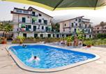 Location vacances San Piero Patti - Appartamenti Pirrera-1