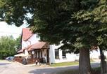 Location vacances  République tchèque - Penzion Ráj-3