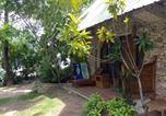Villages vacances Moalboal - Ravenala Beach Bungalows-3