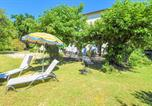 Location vacances Golf de Châteaublanc - Stunning apartment in Avignon w/ Wifi and 2 Bedrooms-2