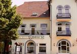 Hôtel Lüdersburg - Hotel-Restaurant Holsteiner Hof-3