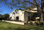 Location vacances Vayres - La Maison du Champ de Beaumont-2