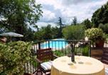 Location vacances  Province de Fermo - Santa Vittoria in Matenano Villa Sleeps 9 Pool Wifi-4