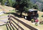 Camping avec Spa & balnéo Hautes-Pyrénées - Camping aire naturelle Les Tilleuls-1