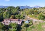 Location vacances  Province de Lucques - Villino Annalisa-4
