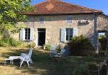 Hôtel Charente - Old Farmhouse in Quiet Charente Countryside-1
