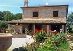 Location vacances Montecosaro - Splendid Holiday Home in Civitanova Marche near Beach-2