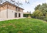 Location vacances Castelpetroso - Homey Apartment in Campobasso with Courtyard-1