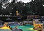 Camping avec Piscine Le Muy - Camping Les Blimouses-1