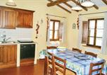 Location vacances Castiglione del Lago - Four-Bedroom Holiday home Cast.ne del Lago -Pg- with a Fireplace 03-2
