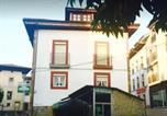 Location vacances  Province d'Asturies - Pensión Gijonés-1