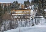Hôtel Rhône-Alpes - Auberge de Jeunesse Hi Chamrousse-1