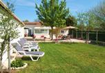Location vacances Moulis-en-Médoc - Gîte L'Hirondelle-2