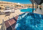 Hôtel المنامة - Mercure Grand Hotel Seef / All Suites-3