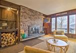 Location vacances Chittenden - Ski-In/Ski-Out Pico Mtn Townhome w/ Fireplace-4