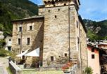 Location vacances Vallée d'Aoste - Castello dei Signori di Avise-1