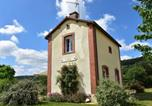 Location vacances Vignol - Comfortable, modern holiday home with nice garden and terrace-1