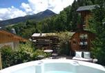 Location vacances La Côte-d'Aime - Ski La Plagne, jacuzzi privatif, vue montagne, dans un chalet authentique-4