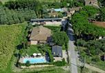 Location vacances Chiusi - Cantagallina Villa Sleeps 12 with Pool and Wifi-1