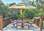 Location vacances Sonora - Bright Gold Country Home Pool, Deck and Hot Tub!-1