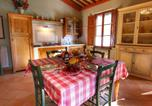 Location vacances San Giovanni d'Asso - Pleasing Farmhouse in Montalcino with Swimming Pool-4