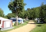 Camping Puy de Dôme - Camping Les Fougères - Le Domaine du Marais-3