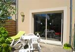 Location vacances Le Minihic-sur-Rance - House with 2 bedrooms in Saint Jouan des Guerets with enclosed garden and Wifi-2