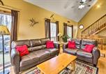 Location vacances Worthington - Hocking Hills Hideaway with Hot Tub, Fire Pit and Views-4