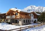 Location vacances Leogang - Modern Holiday Home in Leogang with Private Sauna-1