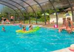 Camping avec Piscine couverte / chauffée Sanchey - Camping Clos de la Chaume - Camping French Time-1