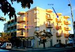 Location vacances  Pyrénées-Orientales - T2 avec vue sur mer à 60 mètres de la plage avec parking privé et tous commerces alentour-2
