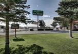 Hôtel Elko - Rest Inn Suites Motel Wells-1