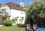 Location vacances  Yvelines - Les gîtes du Clos Saint-Martin-1