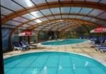 Camping avec Piscine couverte / chauffée Grand-Fort-Philippe - Camping Les Pommiers des 3 Pays-1