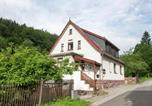 Location vacances Steinbach-Hallenberg - Spacious Holiday Home in Unterschonau near Forest-1