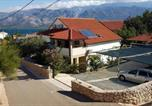 Location vacances Posedarje - Apartments by the sea Vinjerac, Zadar - 13985-1