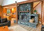 Location vacances Chilliwack - 07mf - Lake Front - Hot Tub - Bbq - Sleeps 10 home-2