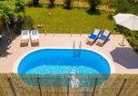 Location vacances Klis - Holiday Home Solin with Sea View Vii-4