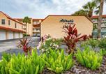 Location vacances Fernandina Beach - New Listing! Oceanfront Gem w/ Private Balcony condo-2
