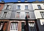 Location vacances Honfleur - Nice Apartment in Honfleur Normandy with Balcony-1