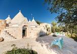 Location vacances  Province de Brindisi - Trulli of Stars-1
