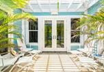 Location vacances  Iles Cayman - Papaya Cottage-1