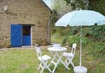 Location vacances Plouray - Holiday home Le Faouet P-728-3