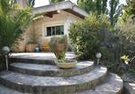 Location vacances Lamanon - Holiday Home Senas - 03-3
